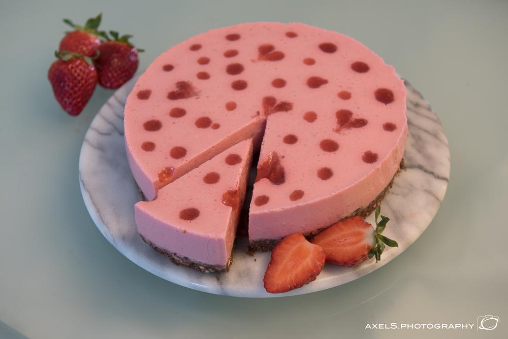 Erdbeer-Joghurt-Kuchen (no-bake-cake)