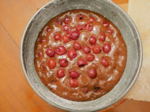 glutenfreier Kuchen mit Kirschen
