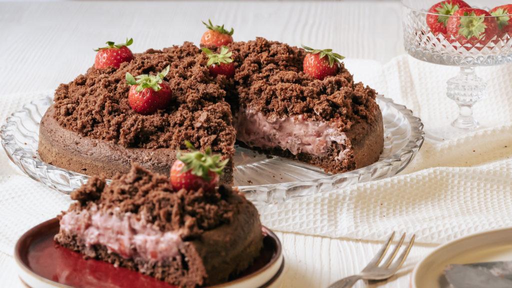 glutenfreier Kuchen mit Erdbeeren